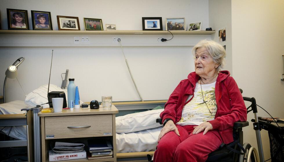 SOVER MYE: Astrid Thoresen sover mye og oppholser seg stort sett på rommet. Foto: Henning Lillegård/Dagbladet.