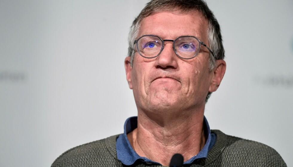 UHELDIG: Statsepidemiolog i Sverige Anders Tegnell kom torsdag med en uheldig uttalelse under en TV-sending. Her fra en pressekonferanse i oktober. Foto: AFP