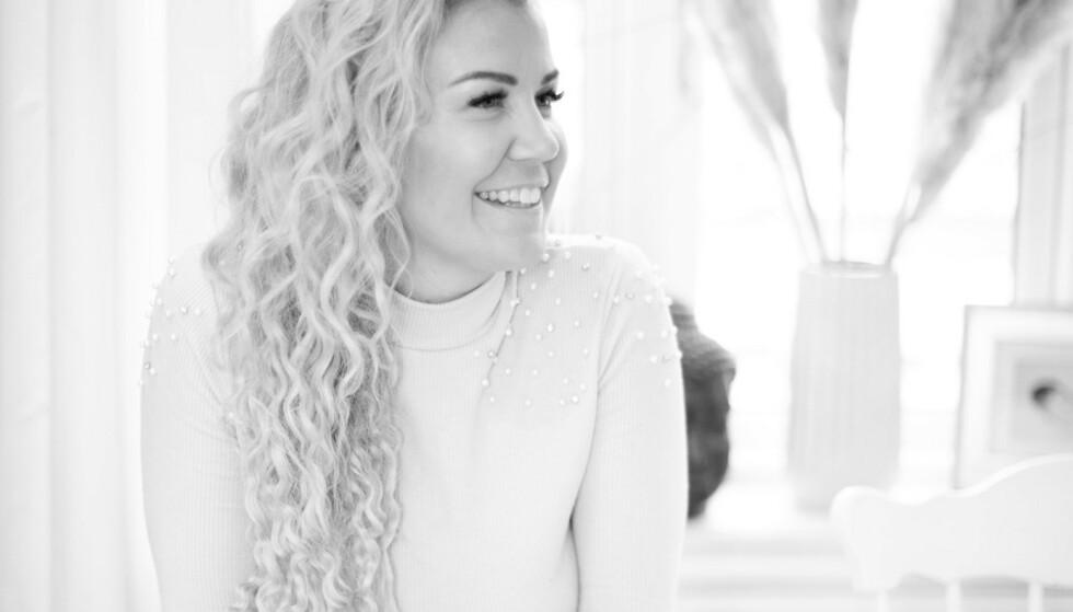 EKSPERT: Maria K. Ebbestad har jobbet med sex og samliv i en årrekke, og er blant annet kjent fra podcasten Klimaks. Foto: Nytelse.no