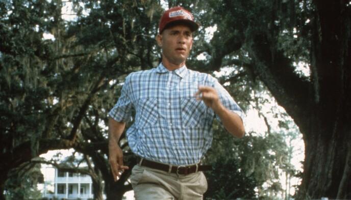 USA PÅ TVERS: Forrest Gump (Tom Hanks) i ferd med å løpe USA på tvers i filmen med samme navn. Foto: Paramount/Kobal/Rex/NTB