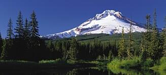 Falt ned i vulkanåpning