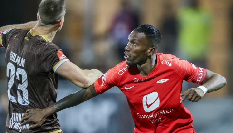 HETSET: Branns Daouda Bamba, her i aksjon mot Mjøndalen. Foto: Ørn E. Borgen / NTB