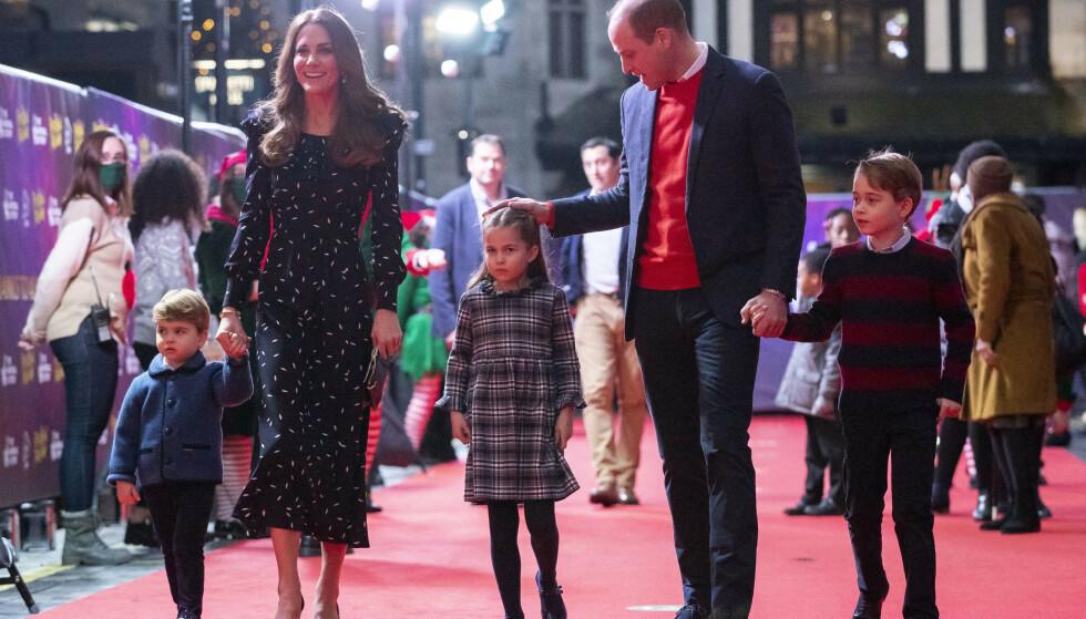 SLAPP TAKET: Prinsesse Charlotte ville ikke holde pappa Williams hånd. Foto: Aaron Chown/Pool/NTB