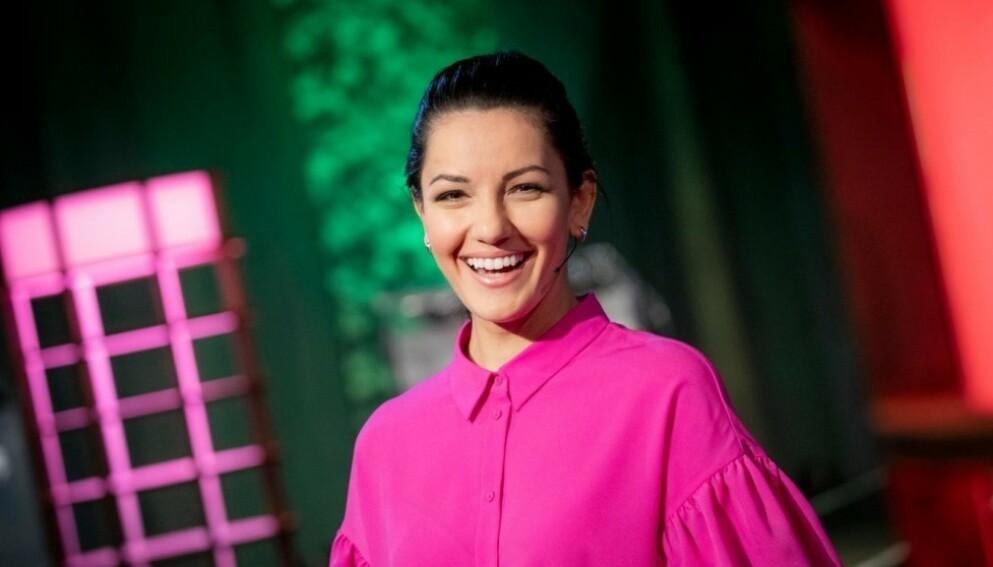 BLIR MAMMA: NRK-profil Selda Ekiz røpet søndag kveld at hun venter sitt første barn. Foto: NRK