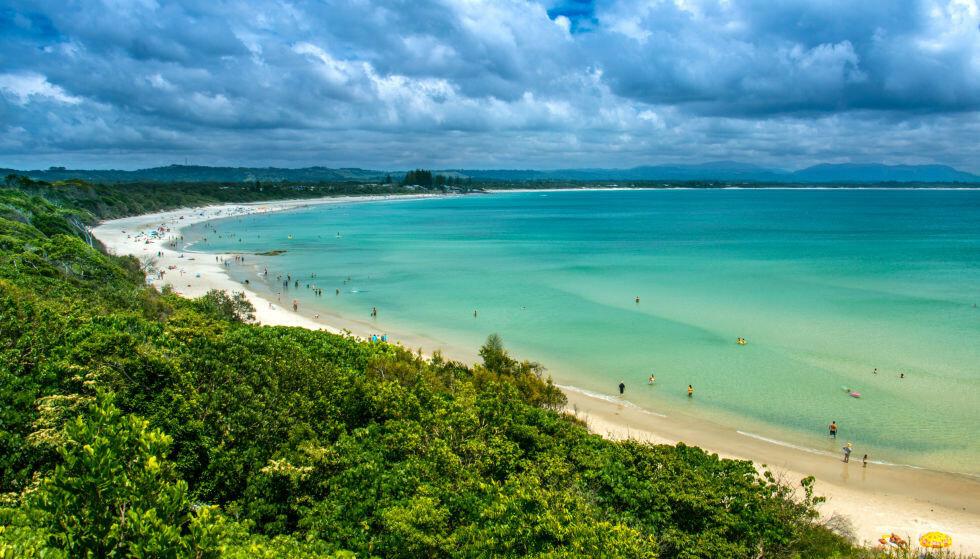 ØDELAGT: Den berømte stranda i Byron Bay opplever stadig mer knusende ødeleggelser. Foto: Shutterstock / NTB