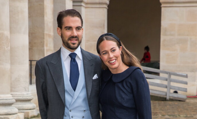 GIFTET SEG: Prinsen og Nina Flohr giftet seg i Sveits i helgen, ifølge Billed Bladet. Her er de sammen i Paris i 2019. Foto: Christophe Petit Tesson / EPA / NTB
