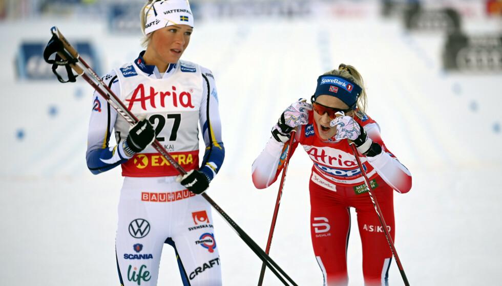 DELTE MENINGER: Johaug-leiren tror på mesterskapsfordel for de som står over Tour de Ski. Frida Karlsson er uenig. Foto: Emmi Korhonen/Lehtikuva