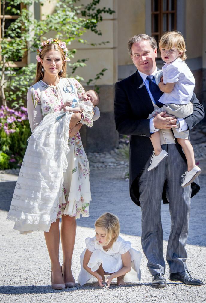 HELE HURVEN: Familien gjenforenes i 2018 under prinsesse Adrians dåp. Foto: Utrecht Robin / Action Press / Rex / NDP