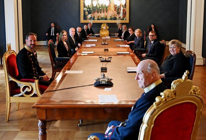 TILBAKE: 7. mai holdt kongen fysisk statsråd igjen. Foto: Sven Gj. Gjeruldsen, Det kongelige hoff