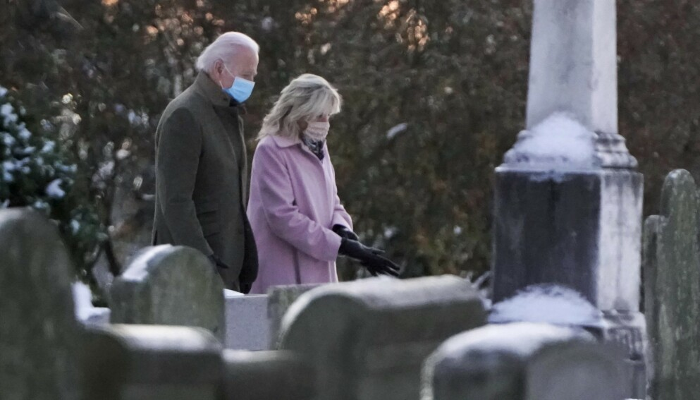 48 ÅR: Fredag hadde det gått 48 år siden Joe Biden mistet sin første kone Neilia og dattera Naomi i en fatal bilulykke. Foto: Joshua Roberts / AFP / NTB