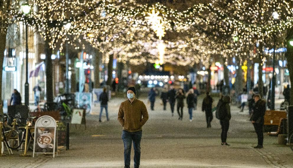 PÅBUD OG RÅD: Trondheim er en av kommunene som har måttet innføre nye råd og regler for å få bukt med økt smittespredning den siste tiden. Foto: Gorm Kallestad / NTB