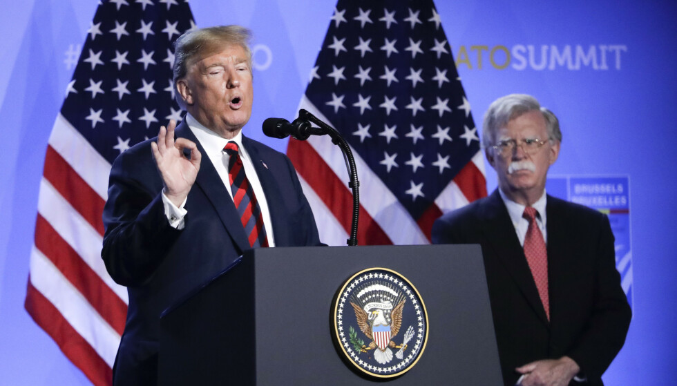 2018: President Donald Trump og daværende sikkerhetsrådgiver John Bolton. Foto: AP Photo/Markus Schreiber