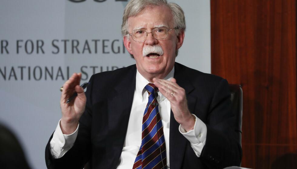 TIDLIGERE RÅDGIVER: John Bolton var nasjonal rådgiver for president Donald Trump. Trump hevder han sparket Bolton, mens Bolton har hevdet at han gikk av. Foto: AP / NTB