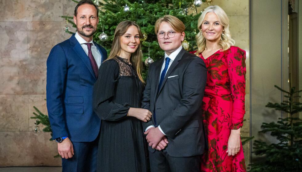 SAMME KOHORT: Kronprinsfamilien tilhører samme kohort, og kan dermed posere tett. Foto: Håkon Mosvold Larsen / NTB