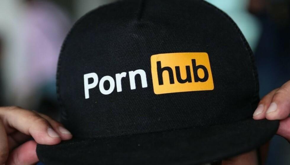 MORALISME: - De eneste som tjener på det moralske korstoget mot nettbaserte kommersiell sex er den kriminelle og svarte økonomien, skriver innsenderne. Foto: Jack Taylor / AFP / NTB