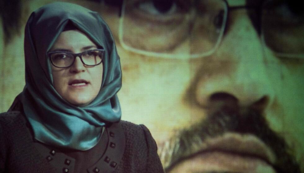 FORTELLER OM DAGEN KHASHOGGI BLE DREPT: Hatice Cengiz og Jamal Khashoggi skulle bare få papirer på at Jamal var ugift ved det saudi-arabiske konsulatet i Istanbul. Han kom aldri ut av konsulatet i live. Foto: Jim Watson / AFP / NTB