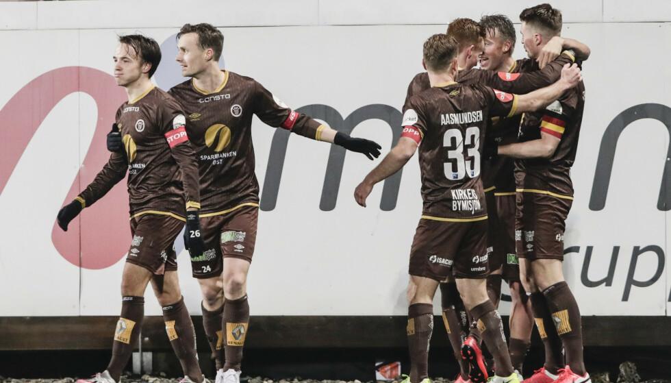 SMITTE: Ni Mjøndalen-spillere har pådratt seg smitte. Foto: Terje Bendiksby / NTB