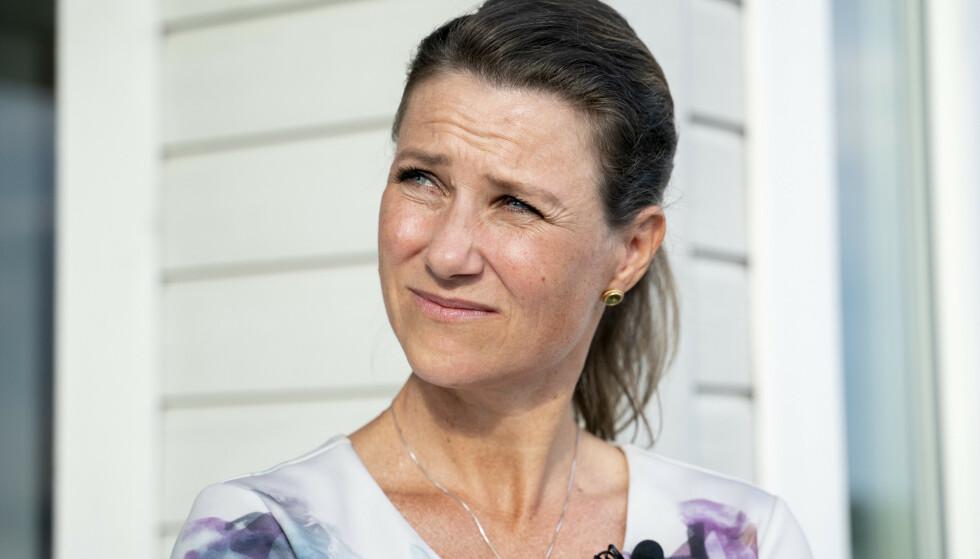 JULEHILSEN: Prinsesse Märtha Louise minnes Ari Behn, som døde for ett år siden. Foto: Fredrik Hagen / NTB