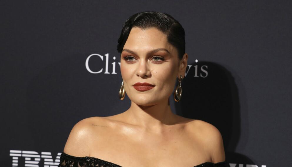 INNLAGT: Artisten Jessie J avslører nå at hun ble innlagt med mystisk sykdom på julaften. Nå har hun også fått diagnosen. Foto: Mark Von Holden / Invision / AP / NTB