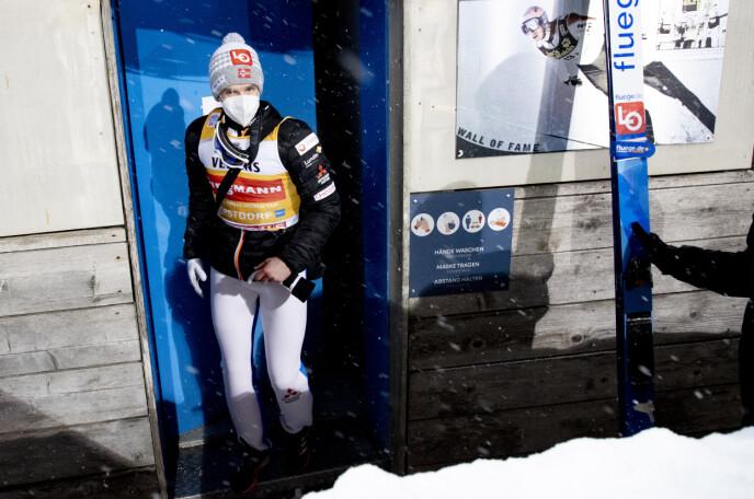 Norsk Jump Week Favoritt: Holver Egner Granerut ble nummer to i kvalifiseringsrunden tirsdag kveld. Foto: Khair Olson / NDP