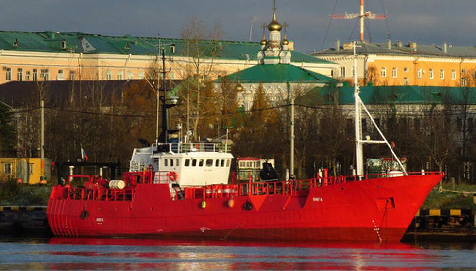BYGGET I NORGE: Fiskebåten Onega er bygget i Norge, og har seilt siden 1979. Foto: Alexander Kokorin / AP / NTB
