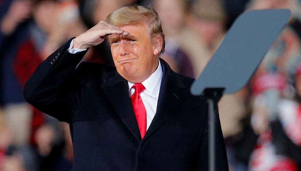 MÅ SE LANGT ETTER GODE NYHETER: Donald Trump har bidratt til at republikanerne taper flertallet i Senatet. Foto: REUTERS / NTB