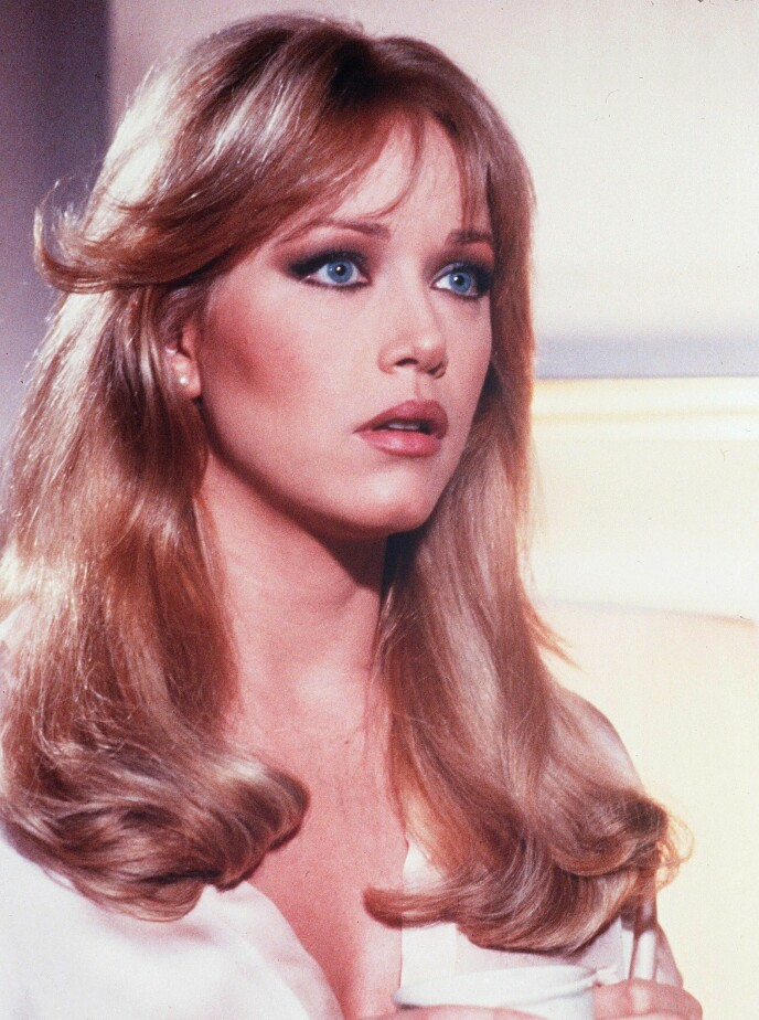 BOND-PIKE: Tanya Roberts er blant annet kjent for rollen som Stacey Sutton i «A View to a Kill». Her avbildet i filmen i 1985. Foto: Danjaq / Eon / Ua / Kobal / REX / NTB