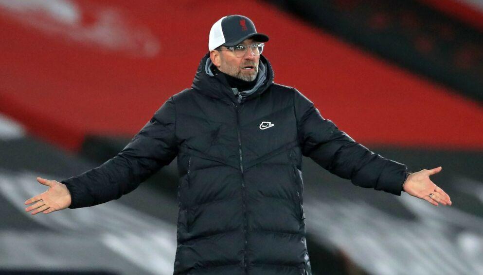 SKADEPROBLEMER: Liverpool har hatt skader på flere sentrale spillere denne sesongen. Særlig har det gått hardt ut over forsvaret. Foto: Adam Davy / POOL / AFP / NTB