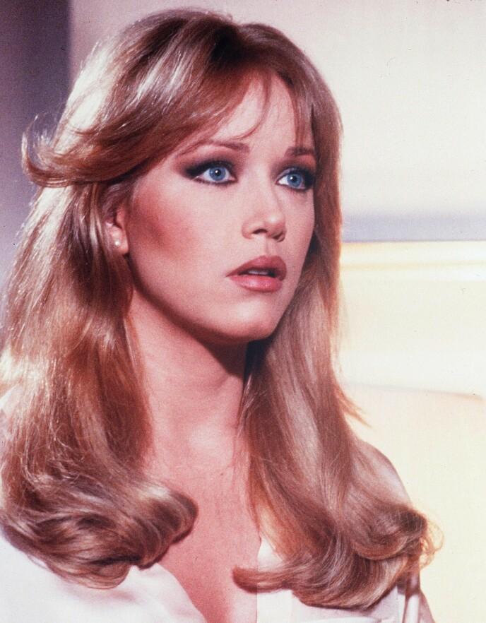 FLERE STORE ROLLER: Tanya Roberts er kjent fra flere store filmer og serier. Her avbildet i «A View to a Kill» i 1985. Foto: Danjaq / Eon / Ua / Kobal / REX / NTB