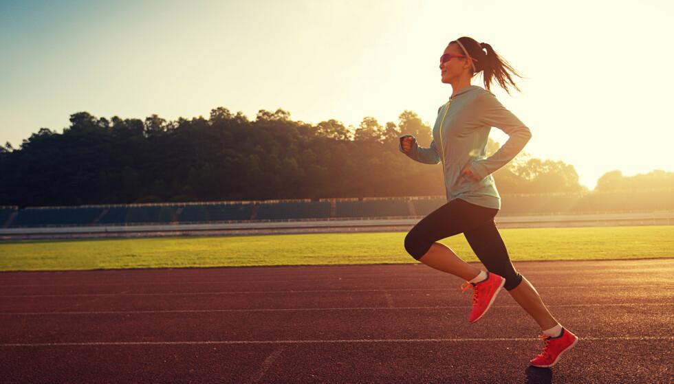 LØPETRENING: Følg treningsprogrammet nederst i saken og bli en bedre løper. Foto: Shutterstock