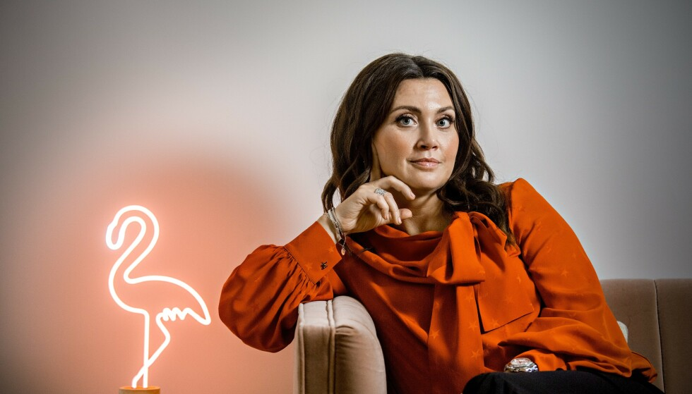 SPEKULATIV: Svenskene lanserer spekulativt bestialsk krim på løpende bånd, mener bokanmelder Cathrine Krøger. Her representert ved Camilla Läckberg, som kom med ny roman i fjor. Foto: Jørn H Moen / Dagbladet