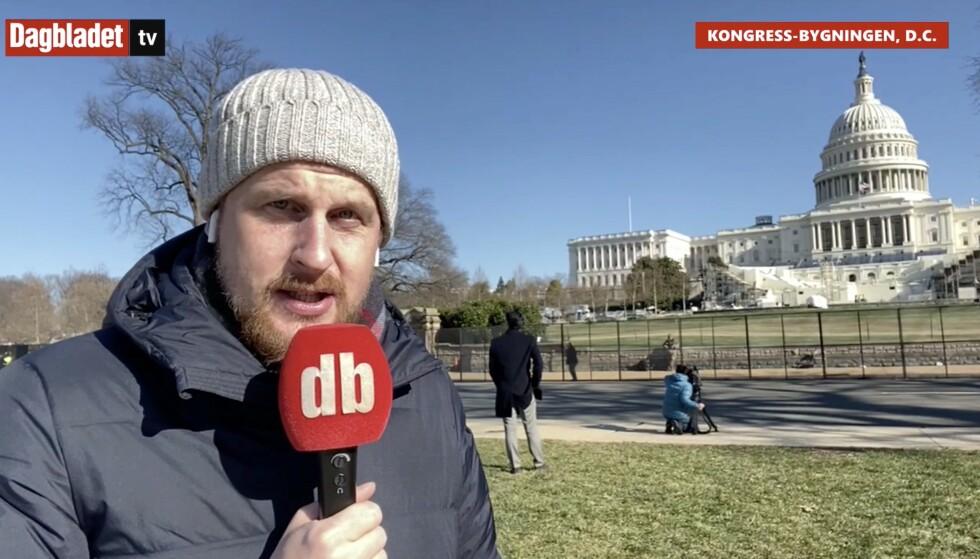 DER DET SKJER: Utenfor kongressbygningen i Washington D.C., rapporterter korrespondent Vegard Kvaale direkte på TV-sendingene.