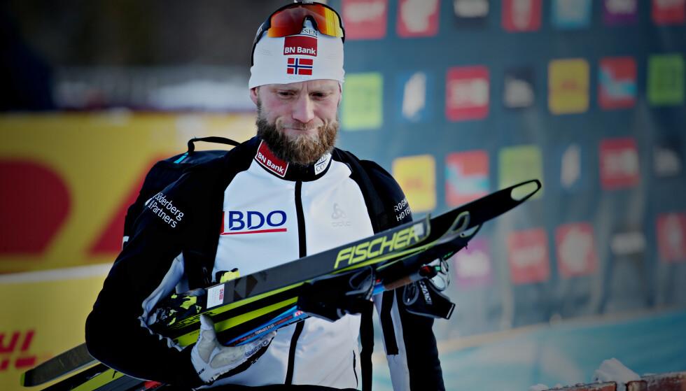 SLITER: Martin Johnsrud Sundby er i villrede med tanke på å få ryggen på rett kjøl før VM. Foto: Bjørn Langsem / Dagbladet
