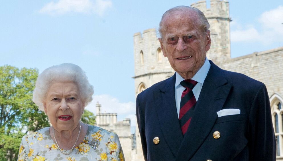 VAKSINERT: Dronning Elizabeth og prins Philip er vaksinert mot corona. Foto: Steve Parsons/PA Wire/NTB