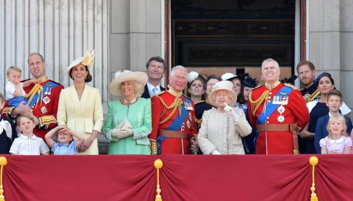 HELE HURVEN: Slik så det ut da dronningas fødselsdag ble markert offentlig i 2019. I 2020 ble det med en nedskalert markering på Windsor slott. Foto: Daniel Leal-Olvias / AFP / NTB
