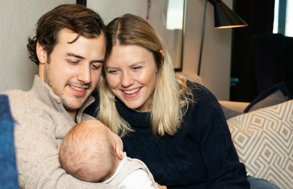 LYKKELIGE FORELDRE: Tiril Sjåstad Christiansen og Stian Lauritzen ble foreldre til dattera Vega i november i fjor. Foto: Sondre Transeth