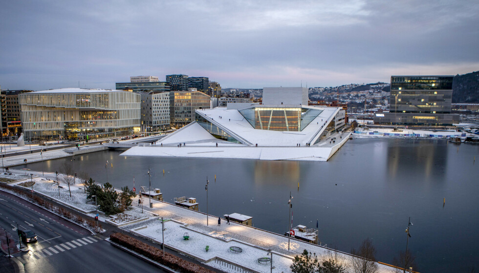 BLIR KALDT: Østlandet har en kald uke i vente. Også i hovedstaden faller temperaturene. Foto: Paul Kleiven / NTB