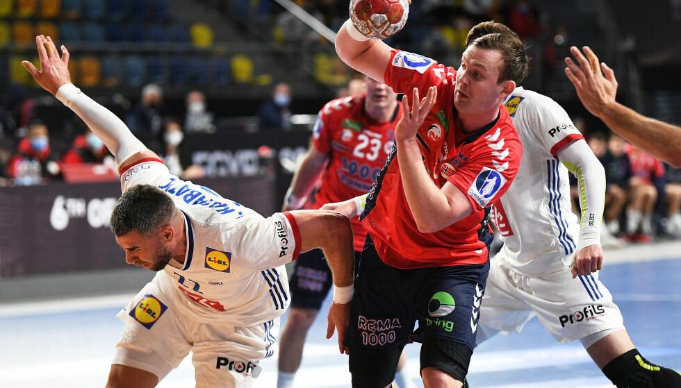 GLITRENDE: Like imponerende som alltid fra Sander Sagosen i Norges åpningskamp, selv om håndballgutta tapte mot Frankrike. Men VM i Egypt blir et sjansespill. FOTO: NTB/Christine Poujoulat.