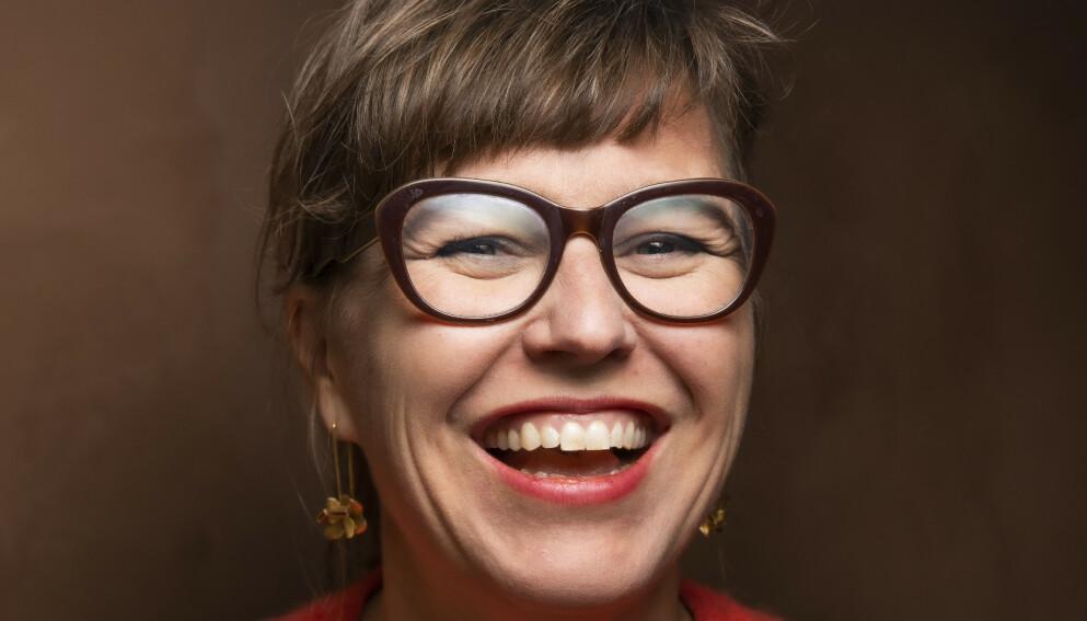 MAGEBOK: Hilde Østbys forteller om sitt skamfulle forhold til egen mage i ny bok. Foto: Ihne Pedersen