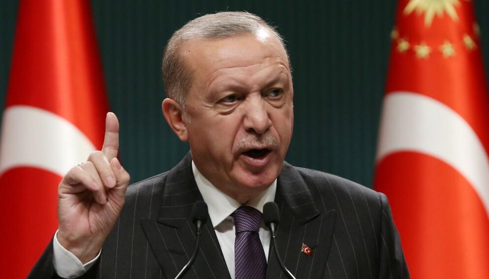 BER OSLO FJERNE KUNSTVERK: Tyrkiske myndigheter mener at Oslo promoterer terrorisme. Her ser vi landets president Recep Erdogan Foto: AFP.