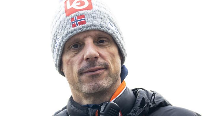 FULGTE MED PÅ TV: Trener Alexander Stöckl. Foto: Geir Olsen / NTB