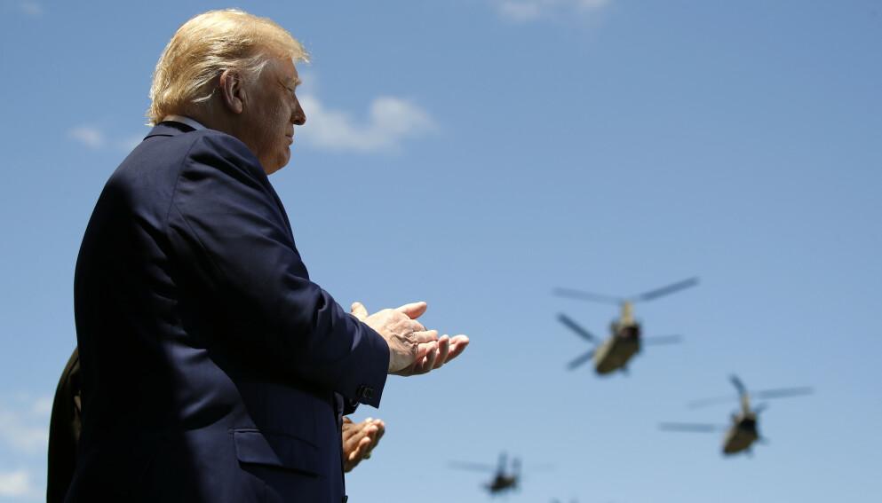TRER AV: Onsdag går Donald Trump av som USAs president. Foto: Alex Brandon / AP / NTB