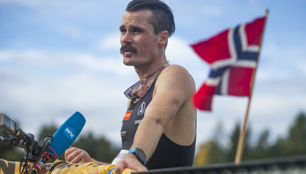 KRITISK: Henrik Ingebrigtsen under NM i terrengløp i Skien søndag. Foto: Trond Reidar Teigen / NTB