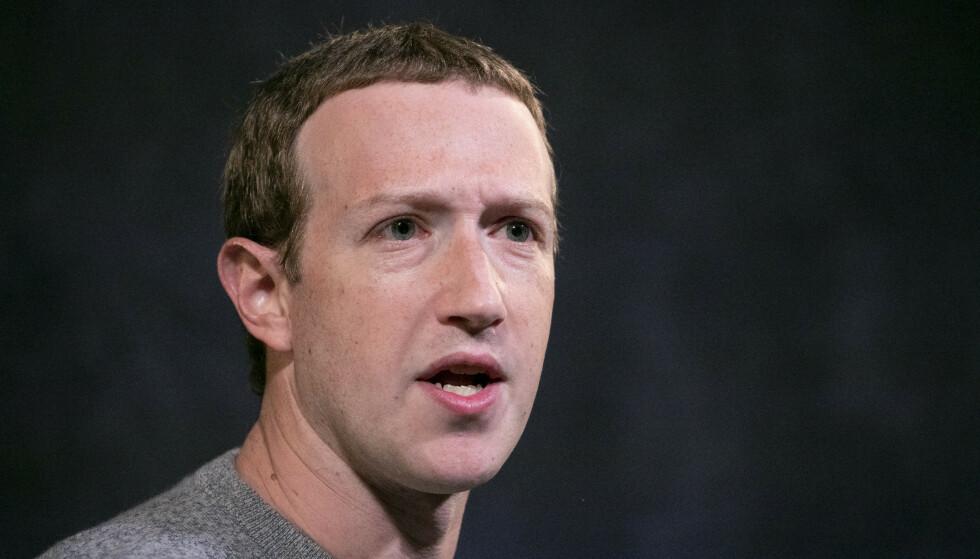 PRESSES: Facebooks grunnlegger og øverste sjef, Mark Zuckerberg Foto: (AP Photo/Mark Lennihan)