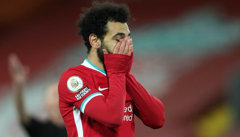 DEPPER: Mohamed Salah fikk en stor sjanse etter at han kom inn mot Burnley, men NIck Pope leverte en god redning. Foto: NTB