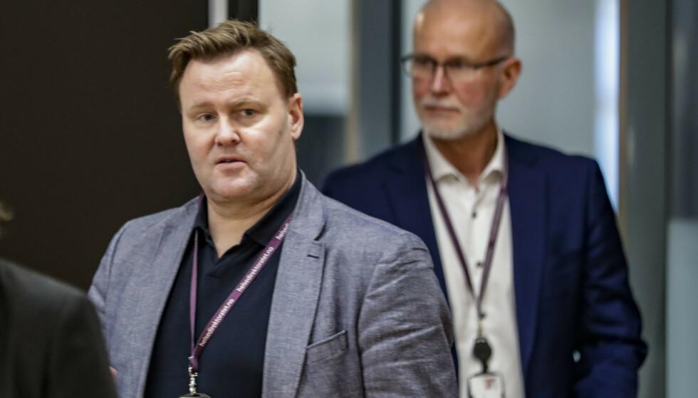 FLERE KAN BLI RAMMET: Assisterende helsedirektør Espen Rostrup Nakstad sier flere kommuner kan rammes av de strenge tiltakene, dersom smittesituasjonen endrer seg. Foto: Berit Roald / NTB