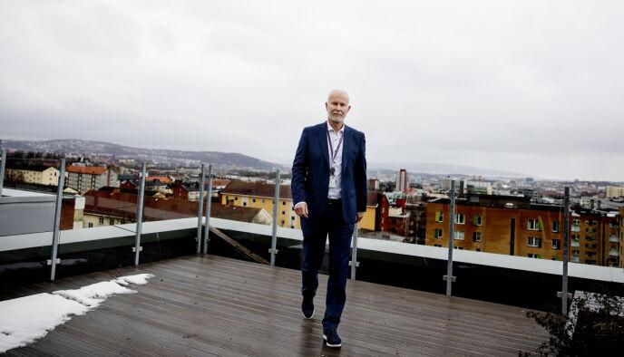 OVEROPTIMISME: Helsedirektør Bjørn Guldvog har enset en overoptimisme i befolkningen. Nå vil han gi et innblikk i sine tanker om månedene framover. Foto: Kristin Svorte / Dagbladet