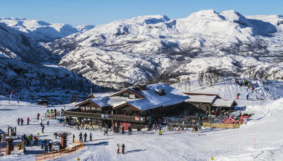 RÅD: Helsedirektoratet har kommet med egne råd for skianleggene. Her fra Hemsedal. Foto: Halvard Alvik / NTB