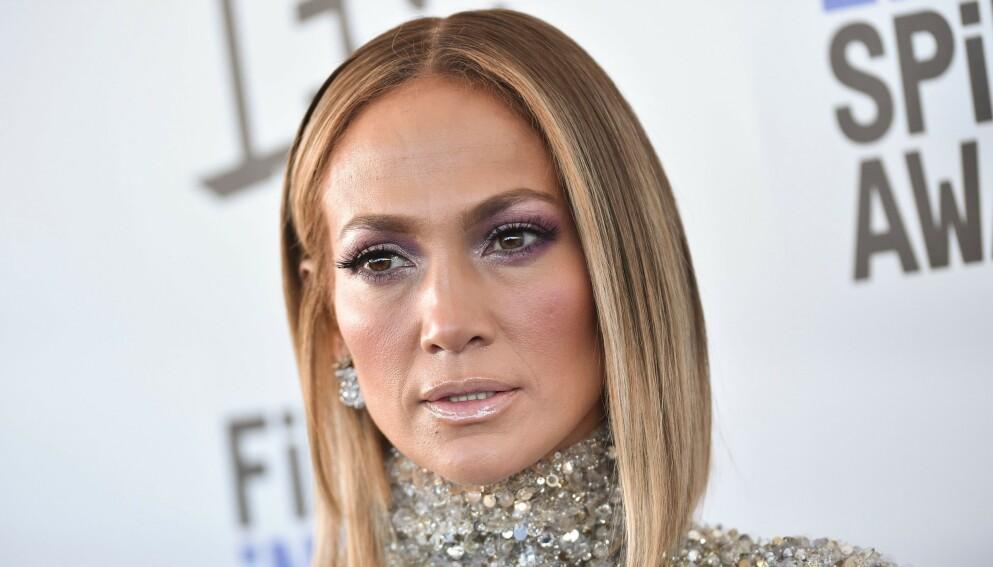 REAGERER: Jennifer Lopez har levd med ustanselige beskyldninger om botox-bruk opp gjennom åra. Nå slår hun kraftig tilbake. Foto: Stewart Cook / Shutterstock / NTB