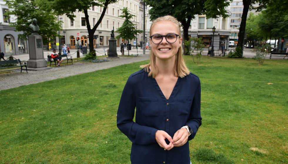 VIL HA BESKJED: Lektor Sigrun Eggereide er frustrert over at hun ikke kan gi elevene sine klar beskjed om eksamen. Foto: Roger Johnsen/Norsk Lektorlag
